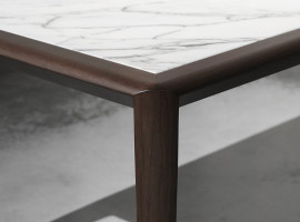 Ceccotti Collezioni presenta  Evenmore, nuovo tavolo di Roberto Lazzeroni